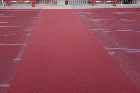 Réparation piste d'athlétisme