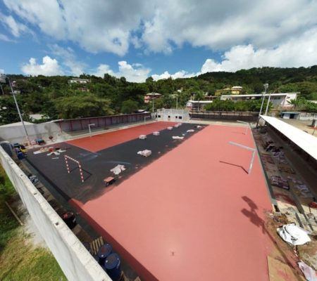 Application à la Planomatic du revêtement synthétique EPDM - Mayotte